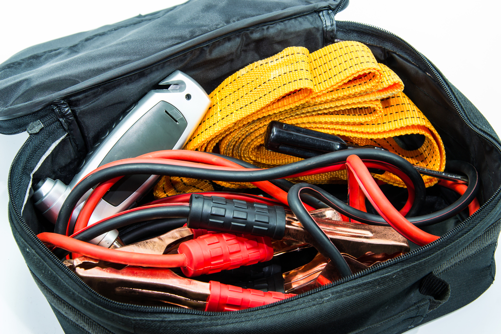 Ten Items Everyone Needs In A Roadside Emergency Kit