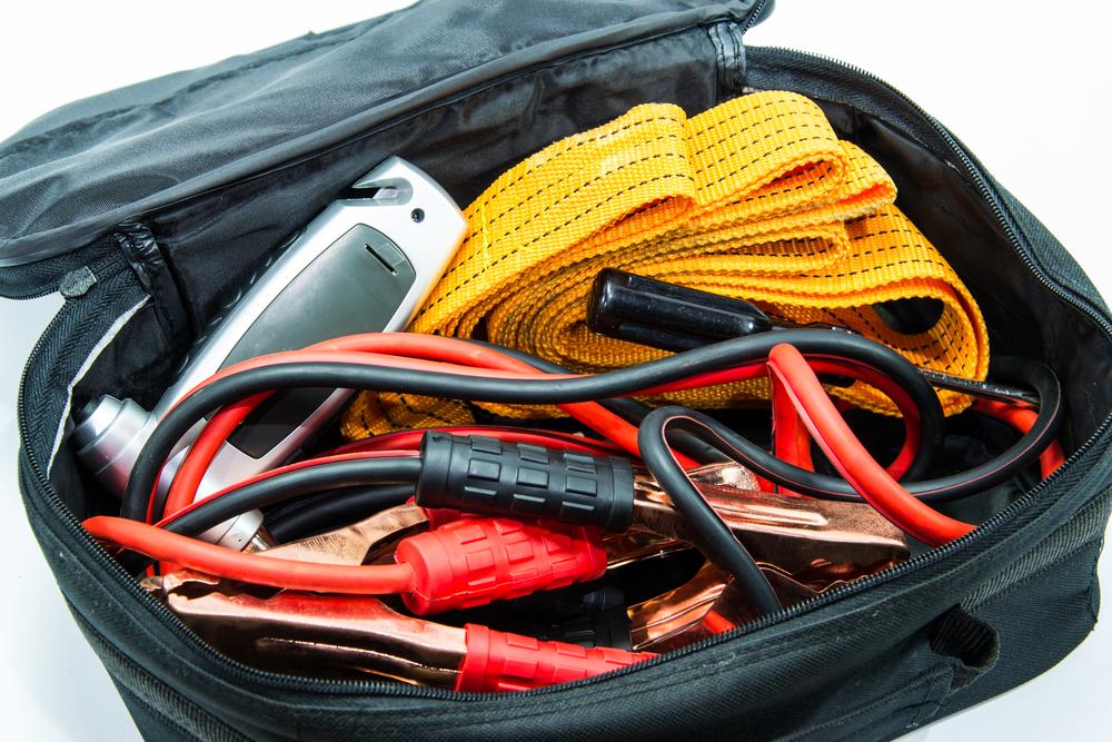 Ten Items Everyone Needs In A Roadside Emergency Kit