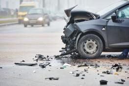 Christmas Eve crash in Raceland kills woman